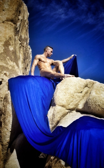 blu-nathan-desert-blu-sky