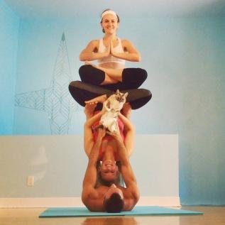 Blu nakshatra - Acro Yoga Double Lotus Throne